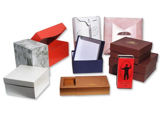 Scatole per articoli da regalo pasticceria e dolciaria in for Articoli per pasticceria